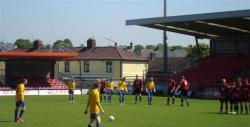 Danny Kelly taking a free-kick