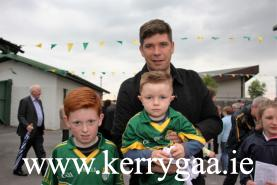 Eamon Fitzmaurice with fans
