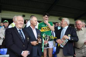 Mark O'Connor Captain receiving Munster  Cup
