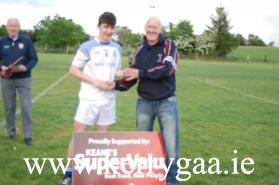 Joe Sweeney, representing Keanes Supervalu presented the Man of the Match trophy to Annascaul/Lispole's Gearoid Lyne