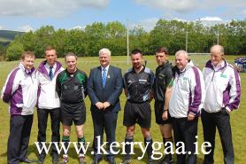 Referee & Officials with Uachtaran CLG
