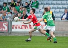 Ballylinans Padraig Walsh releases this ball. Pic Denis Byrne.