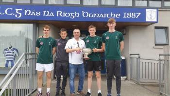 NAAS COUNTY MINOR FOOTBALLERS WITH CLUB CHAIRMAN