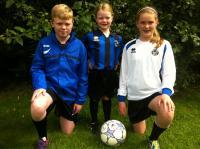 Mark, Grace & Laura Cunningham in new kit