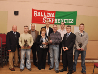 Marion Mattimoe making a Presentation to the management of the 2011 Stephenites Minor Team on behalf of the parents