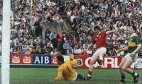 Mick McCarthy ...Goal !
